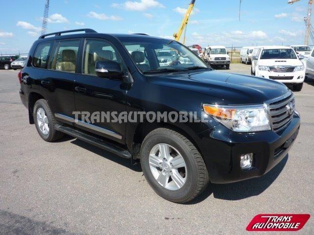 Toyota Land Cruiser 200 Station Wagon 4.5L V8 td VX8 Limited 4X4 (to sale) https://www.transautomobile.com/en/export-toyota-land-cruiser-200-station-wagon/1148?PI