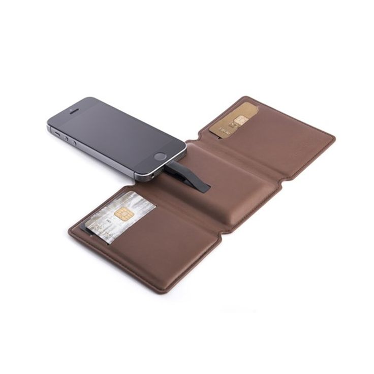 SEYVR Phone Charging Men's Wallet for iPhone 5/6/6 Plus in Brown | Phone Charging | Wallet | Party | NYE | Gadget gift | Tech