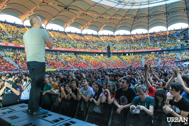 Red Hot Chili Peppers au electrizat Arena Nationala! (recenzie, poze)