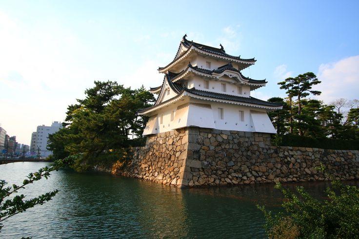 Парк Тамамо (Руины замка Такамацу)