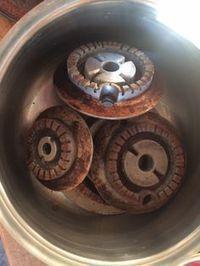 Come pulire i fornelli in alluminio http://super-mamme.it/2016/01/11/come-pulire-i-fuochi-di-alluminio/