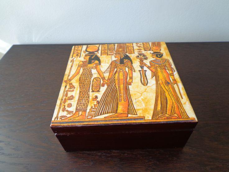 Pharaoh's casket