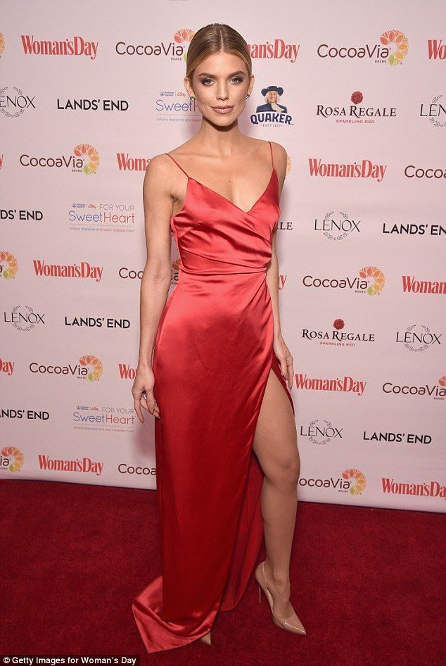Split personality: AnnaLynne McCord showed off some of her flawlessly fit figure on Tuesda... #annalynnemccord #celebrities #redcarpetglamour