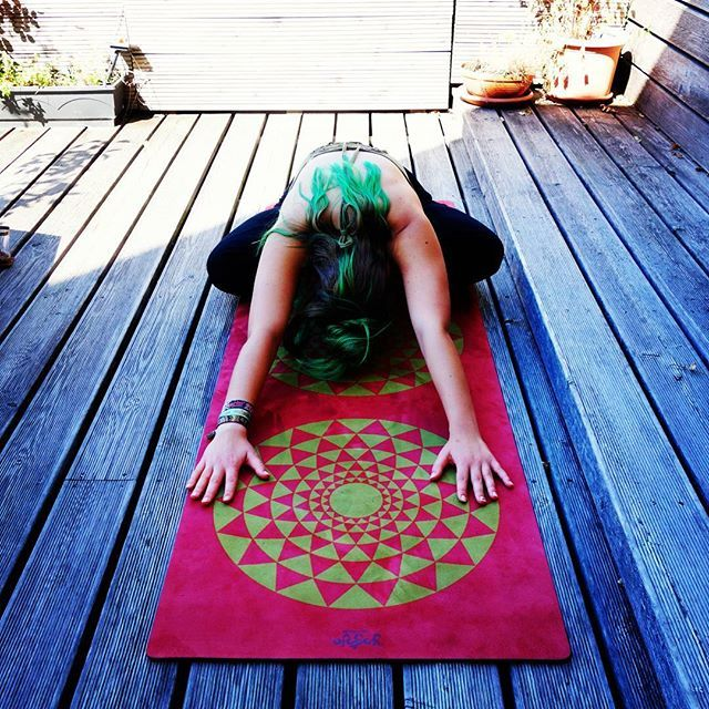 The first #yogoja mat is loved!  Online shop opening SOON!  #yogamat #freeflowing #love #freedom #nature #mandala #trippy #picoftheday #giving #happy #soulmate