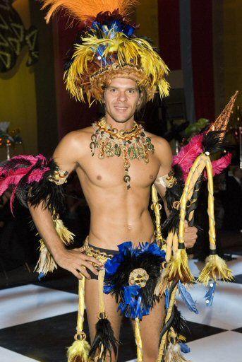 Resultado de imagen para carnaval de brasil hombres