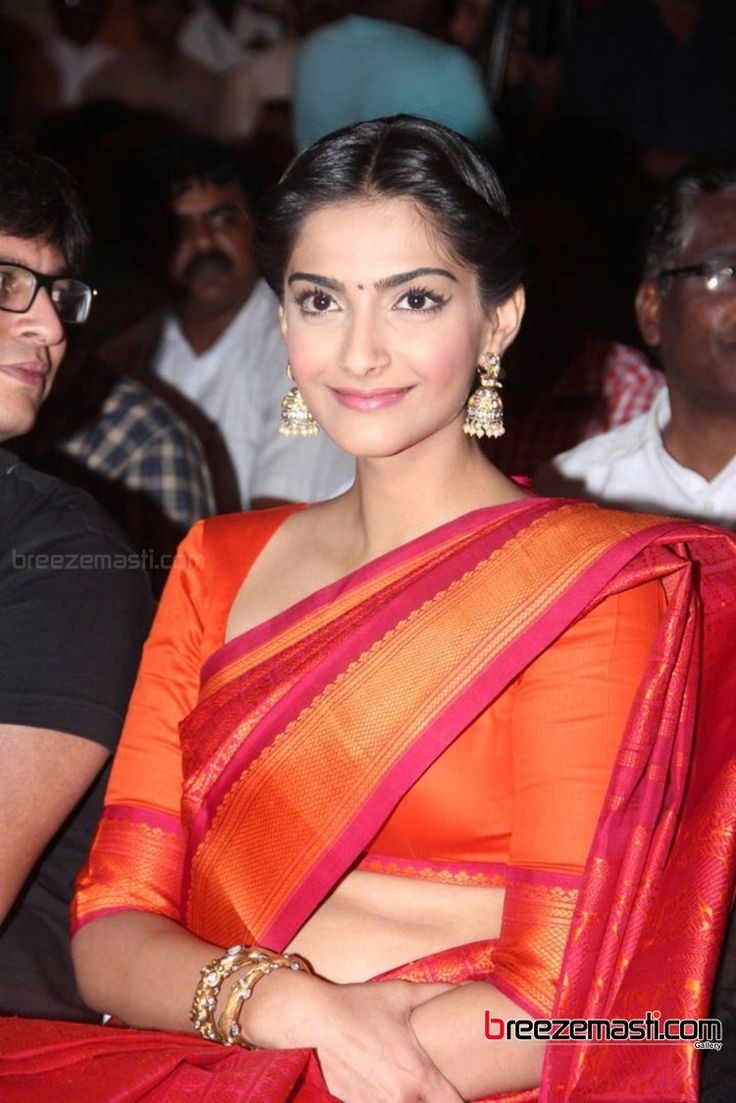 Bollywood actress Sonam Kapoor hot saree photos 9 sept 13 images stills pics gallery