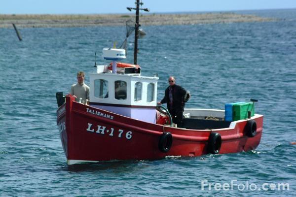 Free fishing boats just having fun fishing action for Free fishing boats
