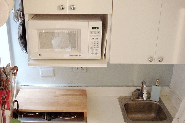 need ovenmicrowave repair? Call 310 775-8050