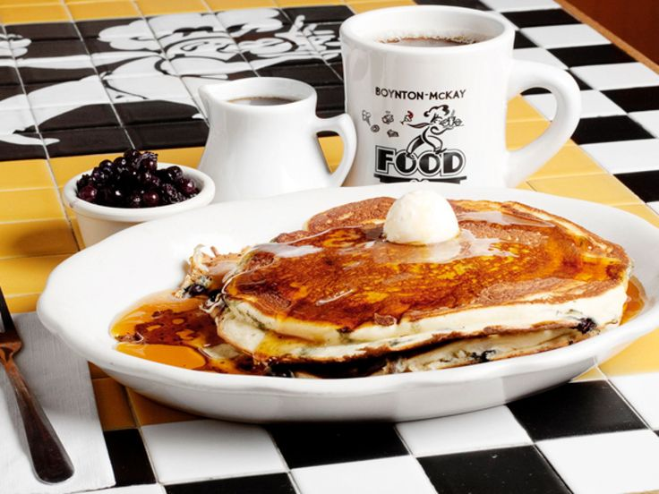 Fresh Buttermilk Pancakes From Boynton-McKay Food Co.: Camden, Maine : During the summer, Boynton-McKay