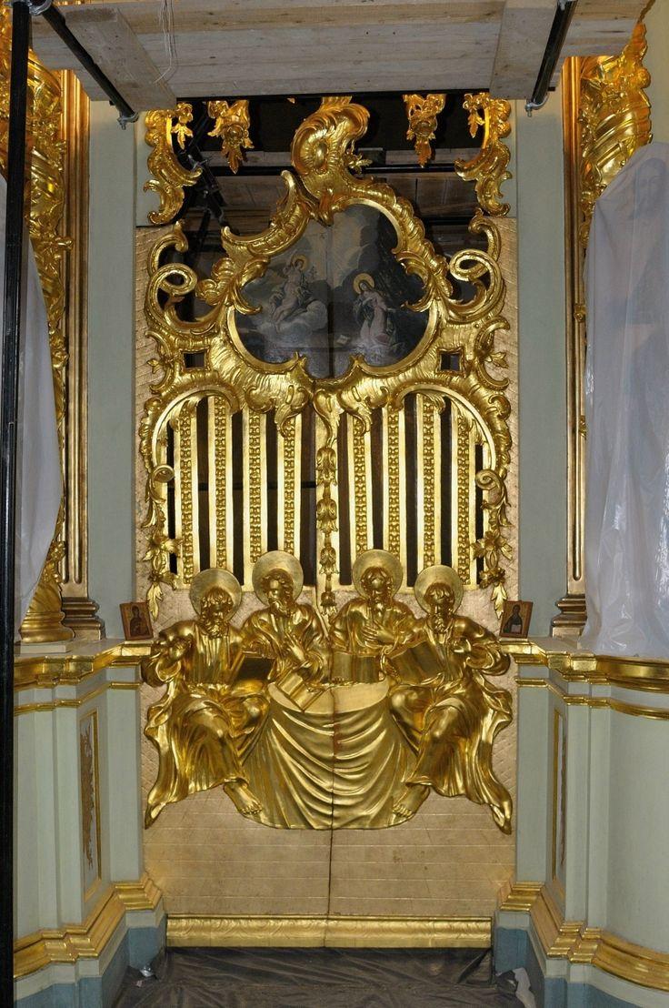 Реставрация иконостасов Троице-Сергиевой Лавры