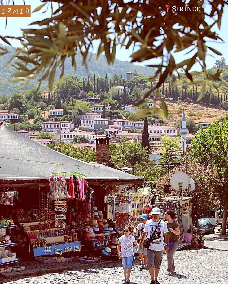 美麗簡樸的希臘式山村--伊茲秘爾省希臘式山村。  ©barisshots
