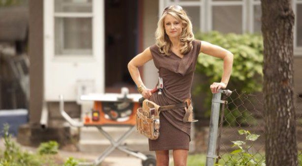 Nicole Curtis is the main reason behind the success of Rehab Addict. #ecelebrityfacts