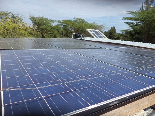 How To Build Solar Panels 7 Basic Steps Green Life Zen Solar Panels Solar Energy Panels Solar Panel Installation