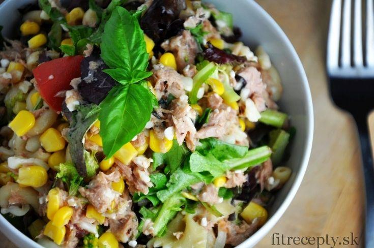 Těstovinový zeleninový salát s tuňákem