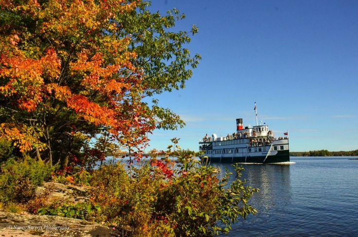 The Wenonah II cruises by Lighthouse Island