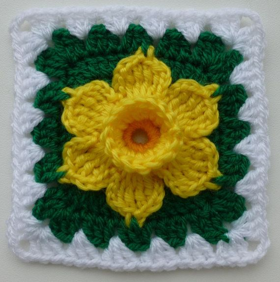 Instant Download crochet PDF pattern - Daffodil in granny square on Etsy, $1.56