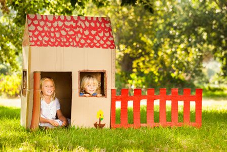 4 WAYS TO FOSTER IMAGINATIVE PLAY: Want your kids to conquer fears, build self-confidence & master social skills? American Academy of Pediatrics has a prescription for that — PLAY!