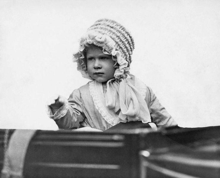 1928  Queen Elizabeth II Pictures - Photos of Queen Elizabeth's Life