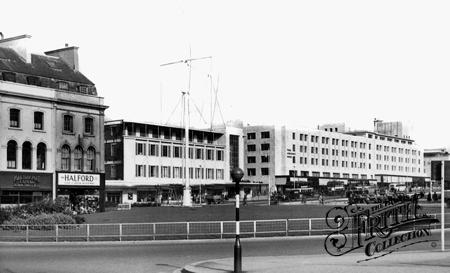 Old photo of Royal Parade c1955, Plymouth