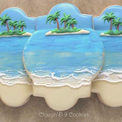 """Paradise. #customcookies #decoratedcookies #beachcookies"" Photo taken by @amycloughd9 on Instagram, pinned via the InstaPin iOS App! http://www.instapinapp.com (11/04/2015)"