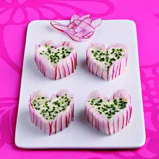#recette apéritif : Mini-charlottes de radis rose au fromage de chèvre frais #Soignon