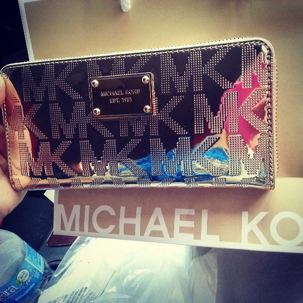 MK i have this one but in a redish purple color