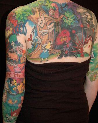 18 Stunningly Gorgeous Disney Tattoos #disney #disneytattoos #tattoos