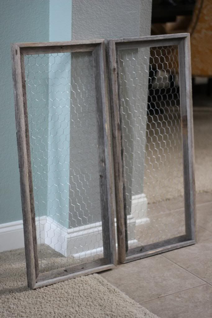 The Chronicles of Ruthie Hart: Chicken wire frame tutorial