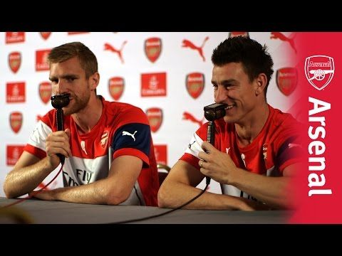 arsenal fans, this is hysterical! Per Mertesacker & Laurent Koscielny | UnClassic Commentary - YouTube
