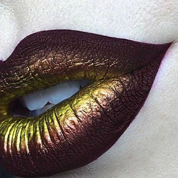 """Steampunk Lips! These colors are perfect for steampunk outfits, don't you agree? A perfect addition to steampunk costume accessories and hair jewelry at www.magic-tribal-hair.com ;)! """"Steffanie Strazzere (@sstrazzere) • Photos et vidéos Instagram"""""""