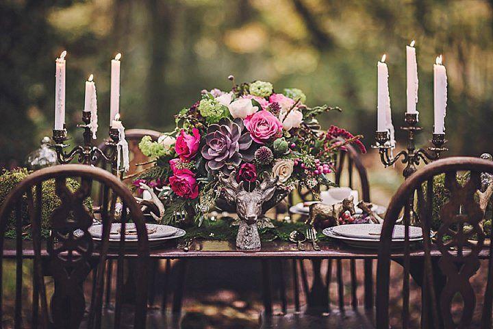 Bohemian wedding ideas - table setting and decoration #rusticweddinginspiration