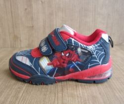 Sepatu anak Spiderman Spiderman shoes http://www.sarangsepatu.com