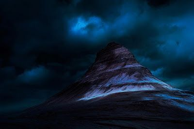 Blue Peak #Iceland #Blahnukur http://ow.ly/NQSwE #BluePeak #Photography #Travel #SnowMountains Check Out More http://www.picbitz.tk/
