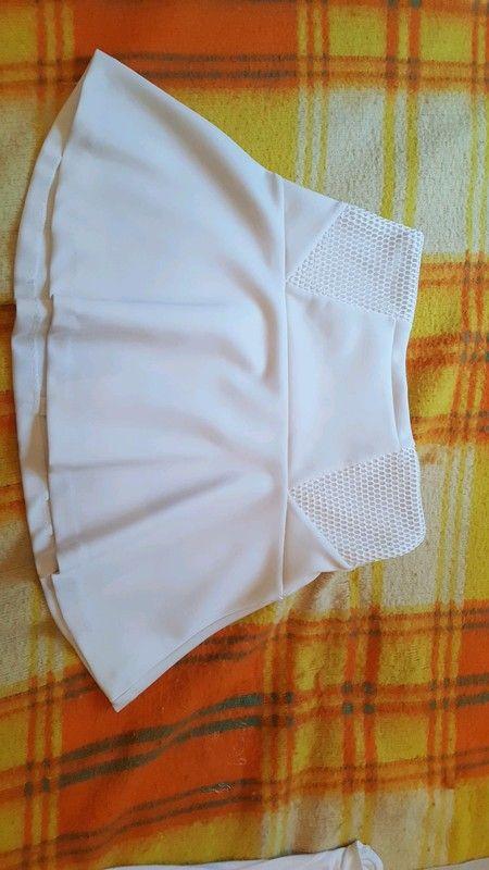2246c23a24b1ef Jupe blanche   Habits vinted   Jupe blanche, Jupe et Jupe courte blanche