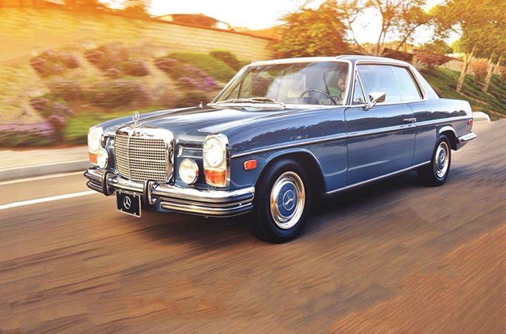 509 best dream garage images on pinterest vintage cars for Garage mercedes paris 11