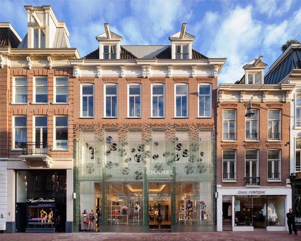 Crystal Houses: la facciata in mattoni di vetro ad Amsterdam