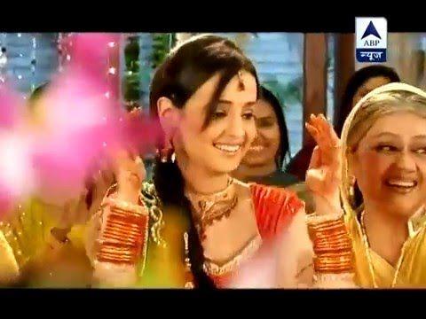 Iss Pyaar Koo Kya Naam Doon (IPKKND) (OffScreen Moments) Mehndi Party Me...