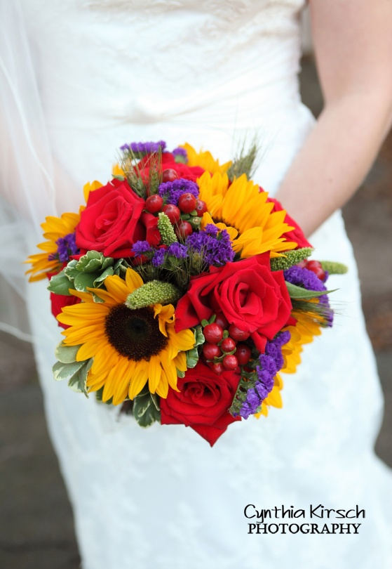 17 best images about bright bouquets on pinterest for Bright wedding bouquet