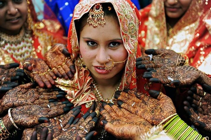 Poze de nuntă impresionante din întreaga lume (Fotografii) http://viza.md/content/poze-de-nunt%C4%83-impresionante-din-%C3%AEntreaga-lume-fotografii