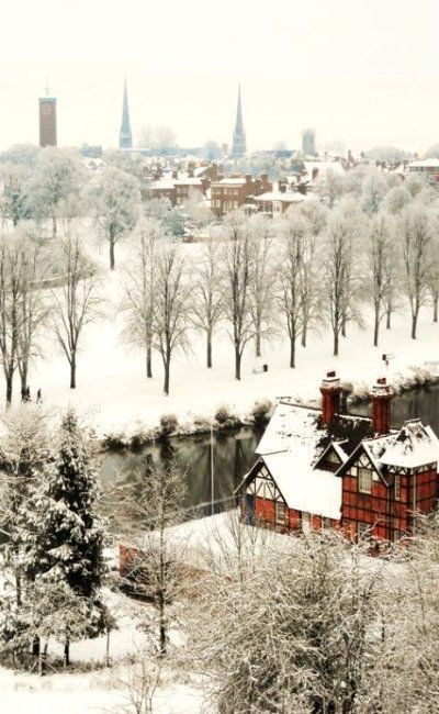 Snow covered Shrewsbury, Shropshire, England (by Dosulan)  Sure as hell didn't snow when I was there and that's what I went for. This is where Becka Glazebrook turned two.