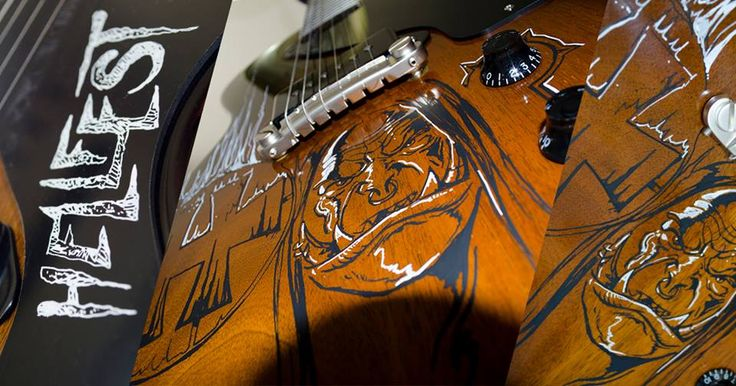 World of Warcraft Follenn art de l'équipe du Hellfest fanclub a personnalisé une guitare Gibson USA 2015 pour vous ! Participez au concours #WoWatHellfest pour tenter de la remporter ainsi que des tickets VIP pour le Hellfest Open Air Festival et bien plus encore ! http://wshe.es/9YYKt97t