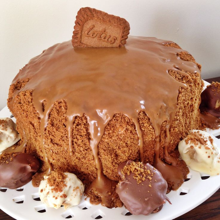 Lotus Biscoff Cake with Butterscotch Sponge and Homemade Biscoff Truffles.