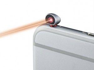 先日、測定に便利なメジャーBagelを紹介したが、今回取り上げるのはiPhoneのイヤホンジャックに差し込んで使う小型レーザー距離計「iPin」。測りたいものの写真を撮るだけで、iPhoneの画面で...