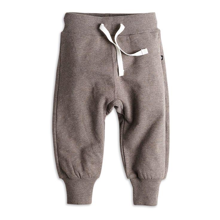 Bukse i deilig bomullsfleece. Utrolig myk og god for babyen.