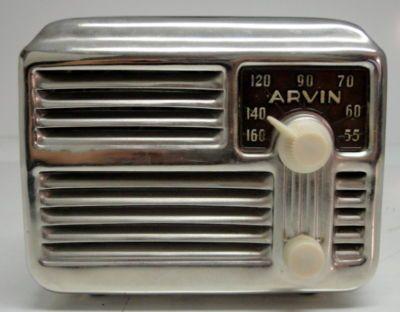 """Art Deco Arvin Chrome """"midget"""" Vintage Tube Radio ."""