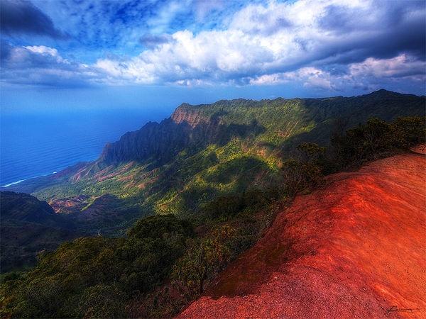 http://timetotravel.com.pl/na-pali-hawaje/ Na Pali to niezwykłe i piękne wybrzeże wyspy Kauai na Hawajach...