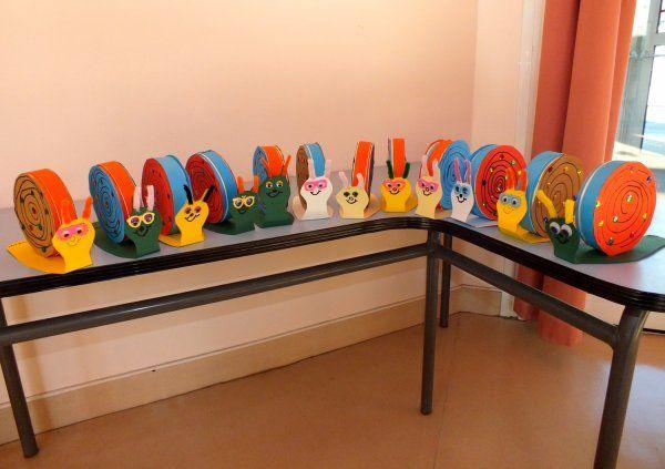 fabrication d 39 escargots avec des boites de camembert ecole maternelle cycle 1 pinterest. Black Bedroom Furniture Sets. Home Design Ideas