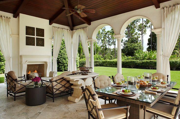 Mediterranean Patio Design in Palm Beach Gardens, Florida, United States