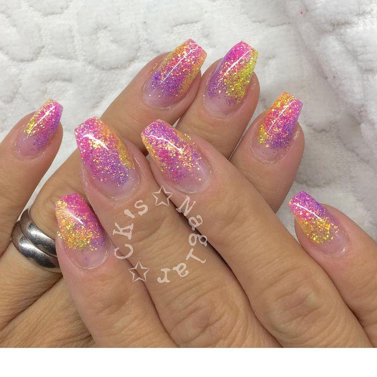 #gelnails   #glitternails   #nailaddict   #nailswag   #nailporn   #nails   #pickyourpieces   #diamondglitters   #naglar   #glitternaglar   #gelenaglar   #nagelgodis   #blingbling   #n ägel  #n ägeldesign