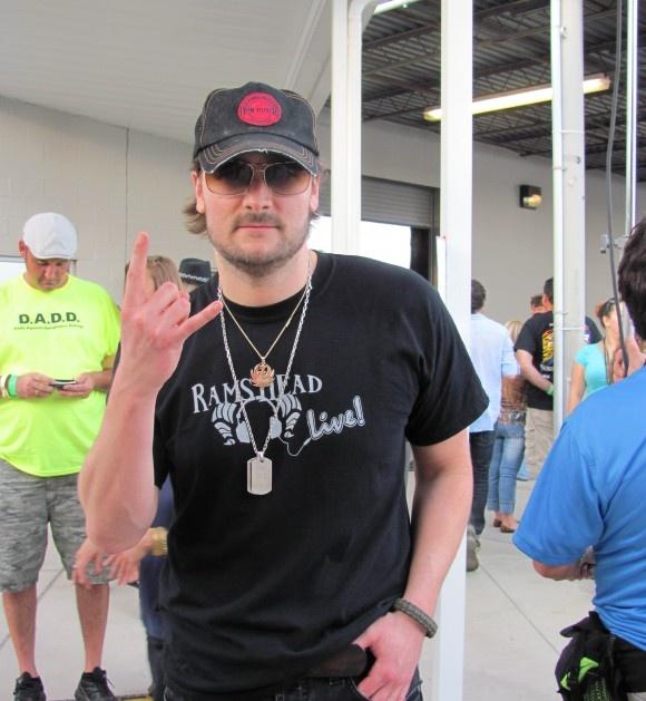 FrontRowNews.com | Eric Church's 'Blood, Sweat & Beer'Tour Dates: http://frontrownews.com/?p=1108